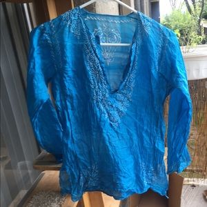 Beautiful embroidered turquoise silk blouse S/M